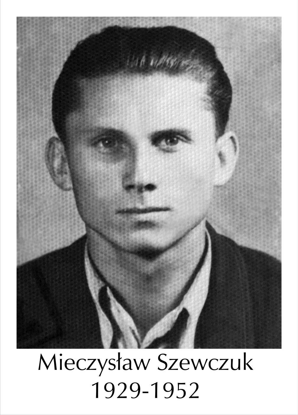 83 294619 g WÓLKA PANIEŃSKA/RADECZNICA: Uroczystości pogrzebowe trzech odnalezionych żołnierzy podziemia antykomunistycznego